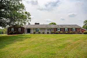 4039 Mt. Sterling Rd Winchester, KY 40391
