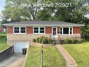 2411 Lyon Ln New Albany, IN 47150