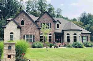 21562 Goldenmaple Court South Bend, IN 46628