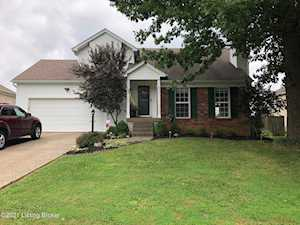 8617 Hickory Falls Ln Pewee Valley, KY 40056