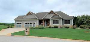 56205 Bridle Path Drive Middlebury, IN 46540