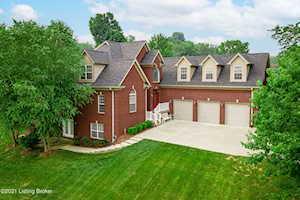 33 River Heights Blvd Taylorsville, KY 40071