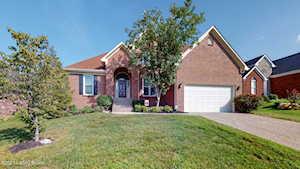 4420 Saratoga Woods Dr Jeffersontown, KY 40299