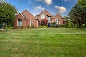 8721 Waterside Dr Indianapolis, IN 46278