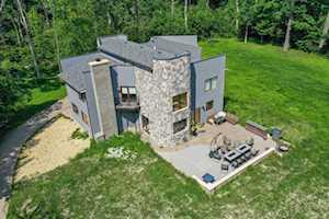 14602 W Mayland Villa Rd Lincolnshire, IL 60069