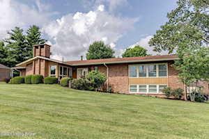 48 Smithfield Rd Shelbyville, KY 40065