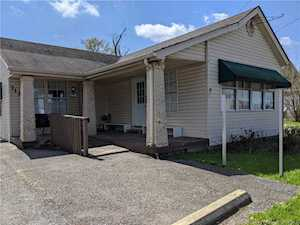 712-714-716 E 10th St Jeffersonville, IN 47130