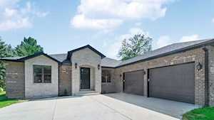 207 E Circle Ave Prospect Heights, IL 60070
