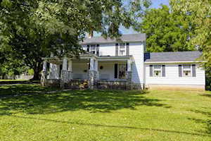 112 East Ave Wilmore, KY 40390