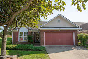 8907 Harmony Place Ct Louisville, KY 40242