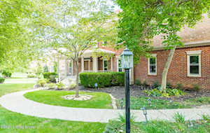 807 Towner Pl Anchorage, KY 40223