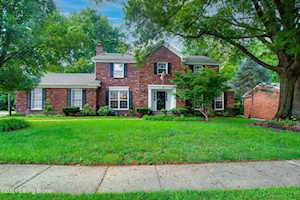 510 Bedfordshire Rd Louisville, KY 40222