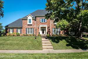 8601 Herefordshire Dr Louisville, KY 40222