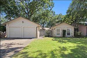 10103 Woodland Village DR Austin, TX 78750