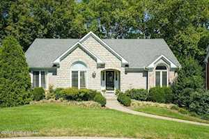 1102 Lodge Hill Rd Louisville, KY 40223