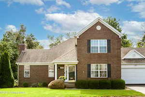 8313 Eagle Creek Dr Louisville, KY 40242