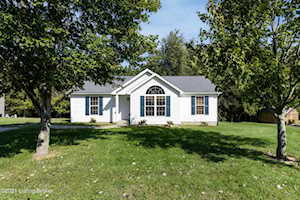 103 Frontier Ave Taylorsville, KY 40071