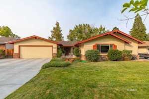 2769 Underwood Lane Bishop, CA 93514