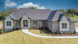 1004 Gallant Dr Wilmore, KY 40390