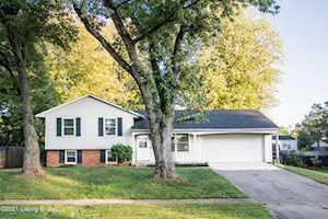 4305 Shenandoah Dr Louisville, KY 40241