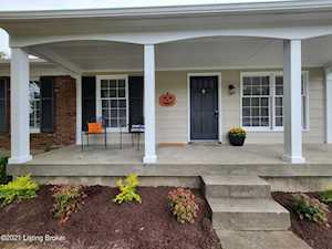 5417 Cannonwood Dr Louisville, KY 40229