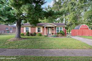 4114 Narcissus Dr Louisville, KY 40219