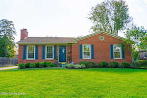 7326 Maria Ave Louisville, KY 40222