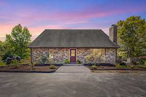 1601 Sheley Woods Rd Nicholasville, KY 40356
