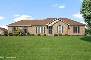 166 Meadowview Dr Taylorsville, KY 40071