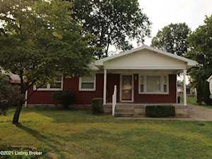 1323 Lacona Ln Louisville, KY 40213