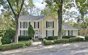 5214 Moccasin Trail Louisville, KY 40207