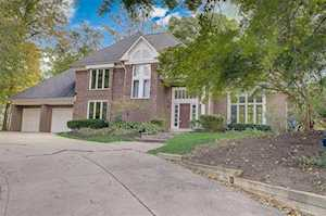 8533 Twin Pointe Circle Indianapolis, IN 46236