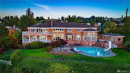 Puget Sound Waterfront Homes (Local Waterfront Specialists)