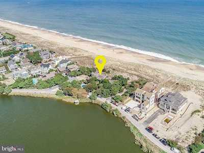 Oceanfront condos and homes for sale in Rehoboth Beach, DE
