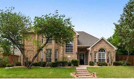 Homes for Sale in Falcon Creek in McKinney, Texas