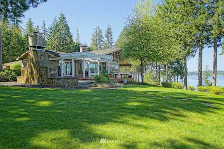 Olympia Waterfront Homes (Local Waterfront Specialists)