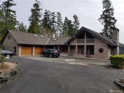 Shelton Waterfront Homes (Local Waterfront Specialists)