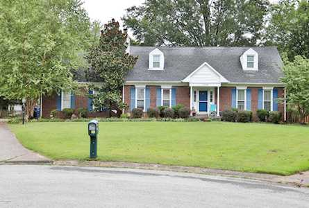 Marvelous Homes For Sale In Bluegrass Fields Louisville Ky Real Download Free Architecture Designs Scobabritishbridgeorg