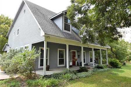 Strange Farmhouse For Sale Ranch Homes Dallas Tx Home Interior And Landscaping Mentranervesignezvosmurscom