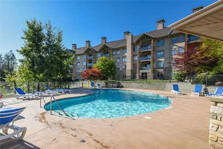 Lake Country Condos - Search All Condos From All Companies!