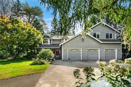 Riverfront Real Estate in Washington | Riverfront Homes for