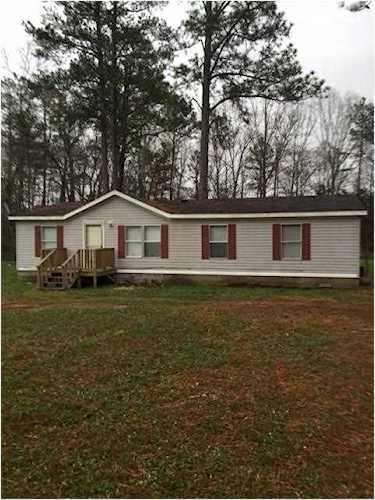 Double wide mobile home  3 BR 2 baths  Investor owned no property  disclosure  This property has   5944116