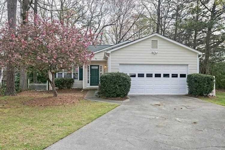 Superb 350 Jamaica Cove Sw Marietta Ga 30008 Premier Atlanta Real Estate Home Interior And Landscaping Elinuenasavecom