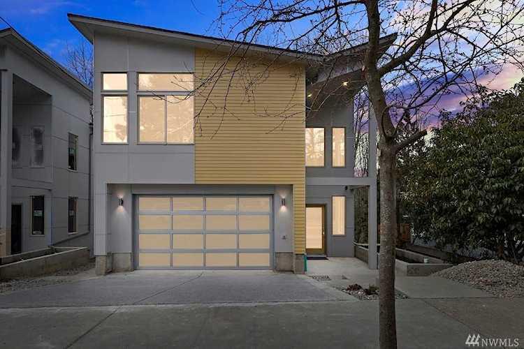 4551 26th Ave SW Seattle, WA 98106   MLS ® 1247748