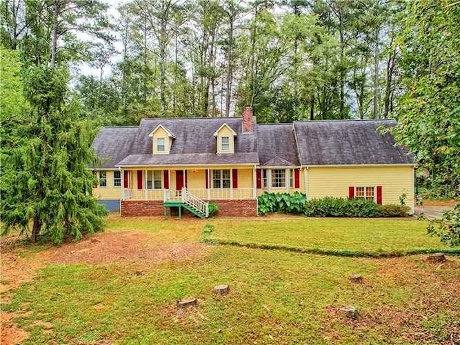 Nearly 3 acre estate includes main house, guest house, gazebo, playground,  woods, creek, and   6078961