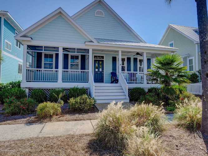 Home For Sale At 705 N North Carolina Avenue, Carolina Beach