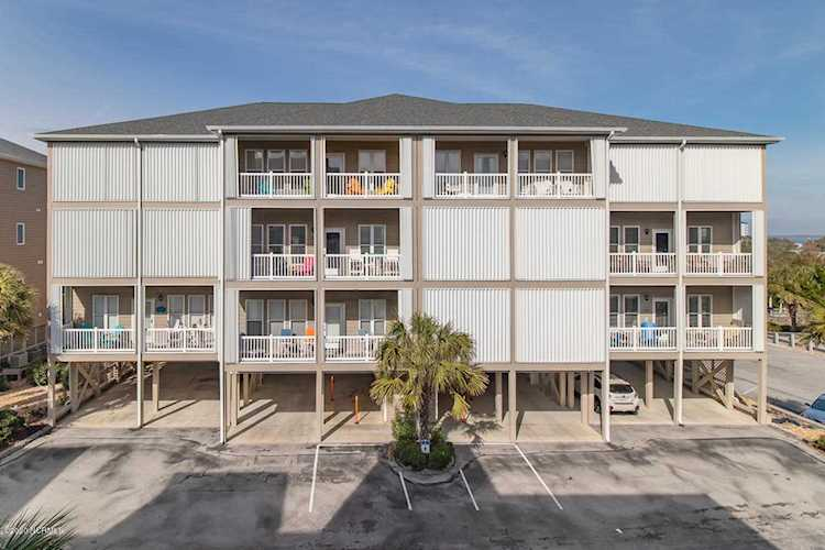 Home For Sale At 1701 Salter Path Road, Indian Beach NC in