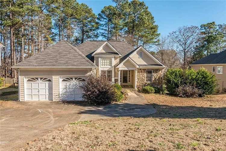 539 Brooksdale Dr, Woodstock, GA 30189 - Premier Atlanta Real Estate