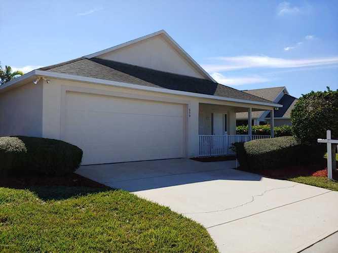 Strange 659 Danville Circle West Melbourne Fl 32904 Mls 836417 Home Interior And Landscaping Palasignezvosmurscom