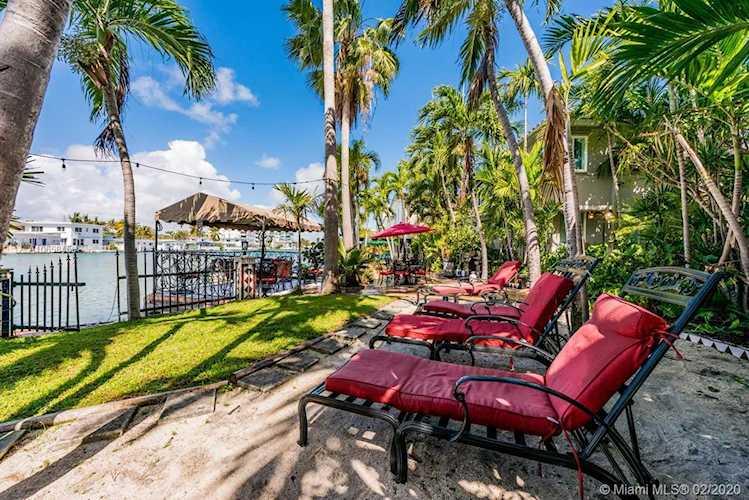 Address Withheld Miami Beach, FL 33141 | MLS A10658456